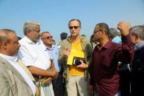 باتريك كامرت رئيس مراقبي الأمم المتحدة خلال تواجده في الحديدة