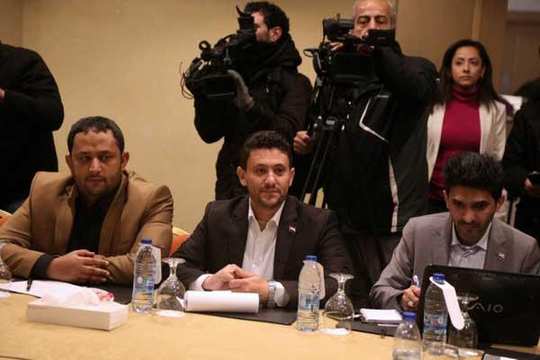 القيادي في حركة الحوثي في اليمن عبد القادرة المرتضى خلال جولة المحادثات مع الحكومة اليمنية في عمّان في 17 يناير 2019