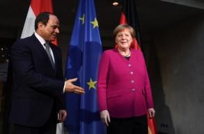 الرئيس المصري رفقة المستشارة الأمنية في مؤتمر ميونخ للأمن يوم السبت
