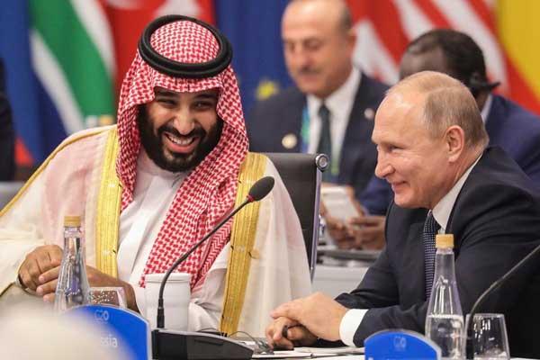 الأمير محمد بن سلمان والرئيس الروسي خلال لقاء سابق لهما