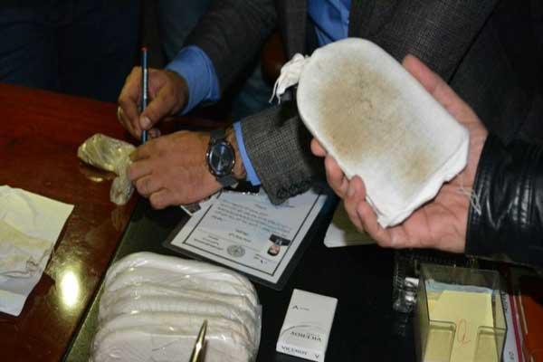 مجموعة من المخدرات المصادرة في العراق
