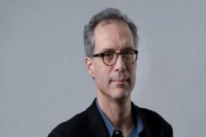 الصحافي ديفيد كيركباتريك