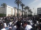 آلاف الأساتذة المتعاقدين يتظاهرون في الرباط مطالبين ب