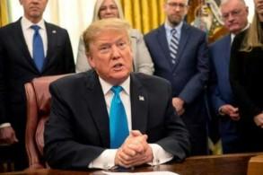الرئيس الأميركي دونالد ترمب في المكتب البيضاوي في البيت الأبيض في 19 فبراير 2019