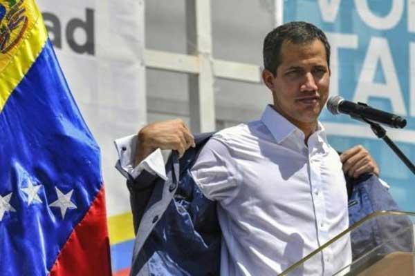 زعيم المعارضة الفنزويلية خوان غوايدو في كراكاس بتاريخ 17 فبراير 2019