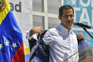 زعيم المعارضة الفنزويلية خوان غوايدو في كراكاس