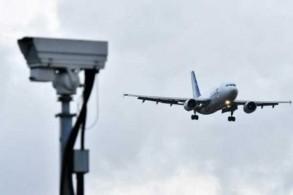 طائرة تستعد للهبوط في مطار غاتويك في 21 ديسمبر 2018