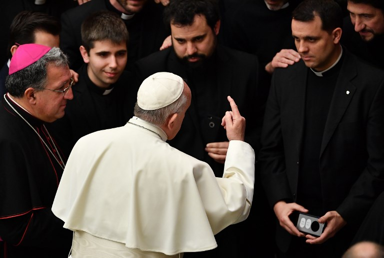 البابا يسعى إلى إقناع رؤساء الكنيسة الكاثوليكية في العالم بمسؤولياتهم الفردية حيال التعديات الجنسية على القاصرين