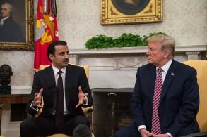 لقاء سابق بين أمير قطر والرئيس ترمب - أرشيفية
