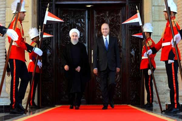 روحاني خلال زيارته الأخيرة للعراق