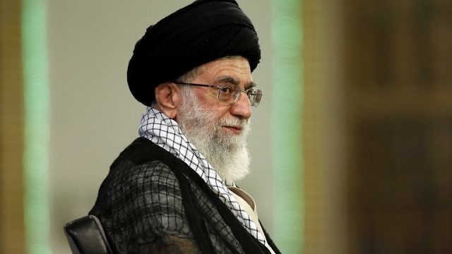 الزعيم الروحي لإيران آية الله علي خامنئي