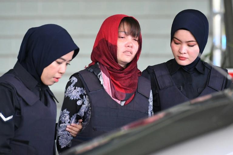 الفيتنامية دوان ثي هوونغ التي انهارت بعد رفض النيابة الماليزية الإفراج عنها في 14 مارس 2019