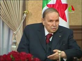 صورة للرئيس الجزائري عبد العزيز بوتفليقة مأخوذة من فيديو بثته قناة الجزائر في 11 مارس 2019
