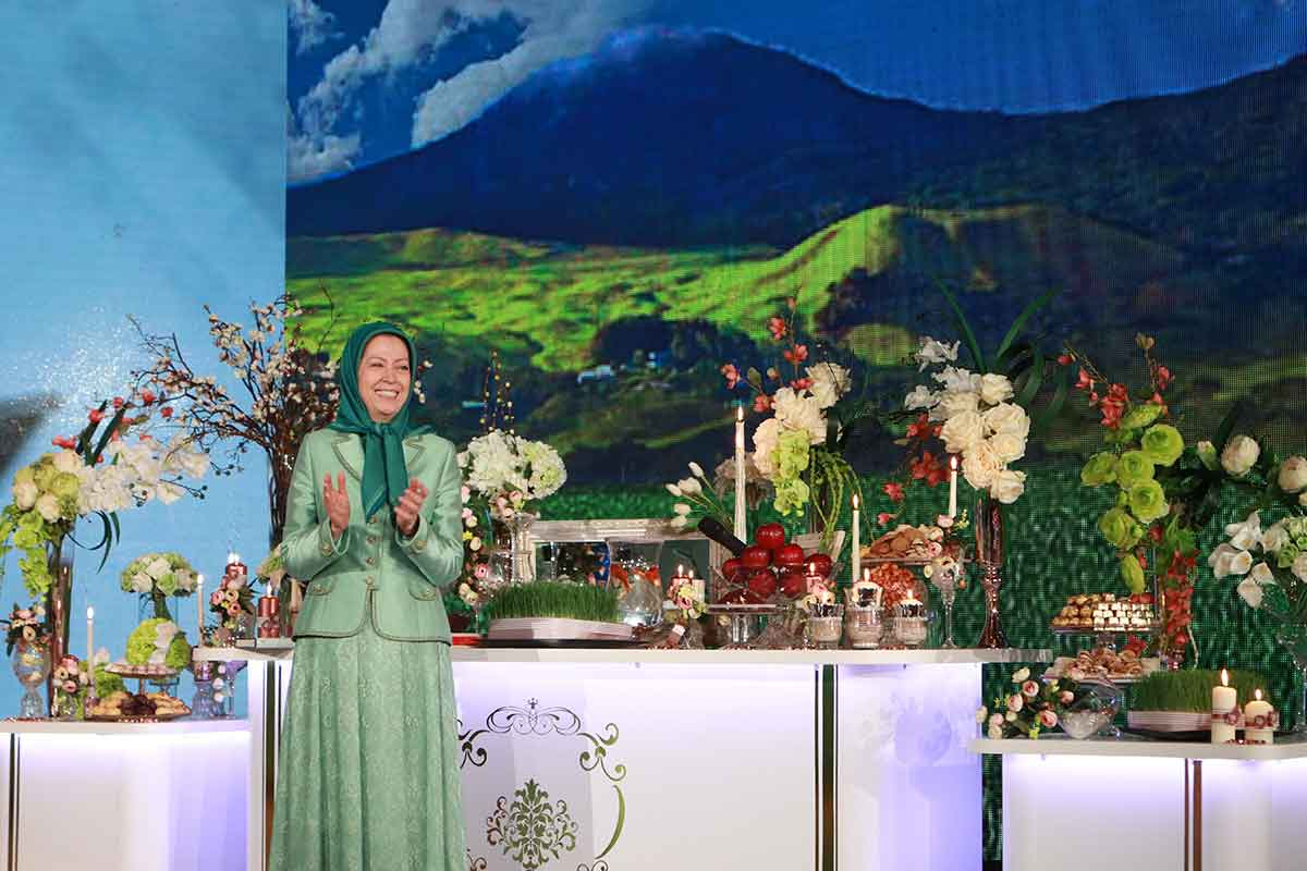 رجوي خلال الاحتفال بعيد النوروز الفارسي