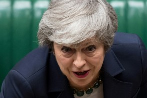 رئيسة الوزراء البريطانية تيريزا ماي في البرلمان البريطاني في 13 آذار/مارس 2019