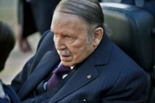 موسكو: بوتفليقة لم يطلب مساعدة بوتين للبقاء في الحكم