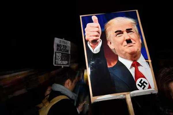 معظم الأميركيين يرون أن رئيسهم عنصري