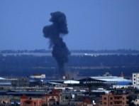 إسرائيل تغير على قطاع غزة