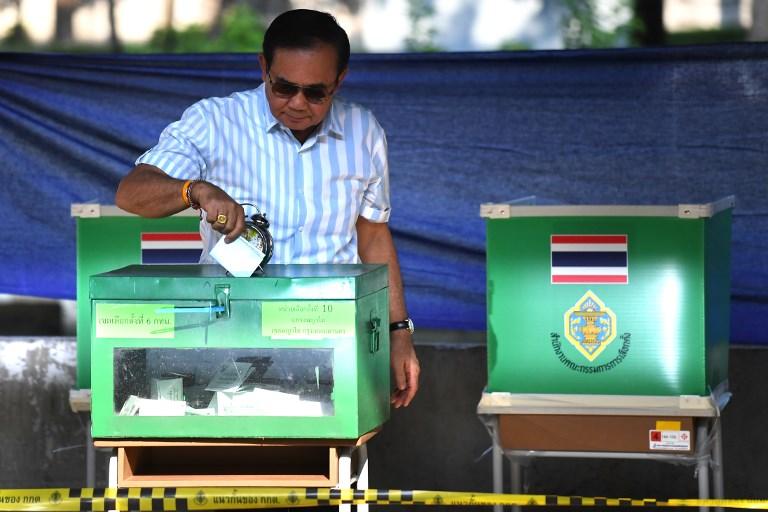 رئيس الوزراء التايلاندي يدلي بصوته صباح الأحد