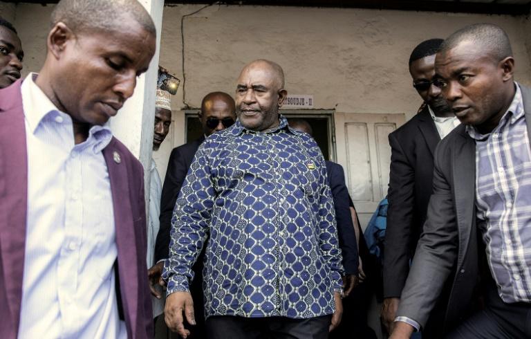 رئيس جزر القمر غزالي عثمان بعد الادلاء بصوته في الانتخابات الرئاسية