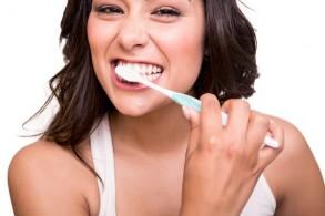 أطباء الأسنان يعتبرون الأعلى دخلًا بين الأطباء