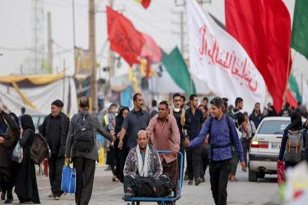 إيرانيون يعبرون الحدود إلى العراق