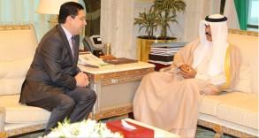 ولي عهد الكويت لدى استقباله وزير خارجية المغرب