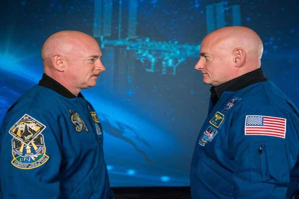 رائدا الفضاء التوأمان سكوت ومارك كيلي