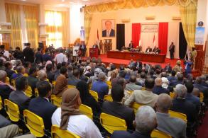 النواب اجتمعوا في سيئون ثاني مدن محافظة حضرموت بحضور الرئيس هادي