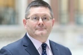 السفير البريطاني المعين لدى البحرين رودريك دراموند