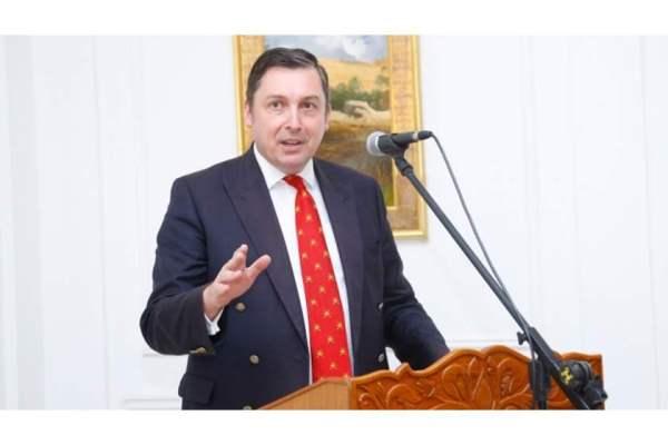 السفير البريطاني في العراق جون ويلكس
