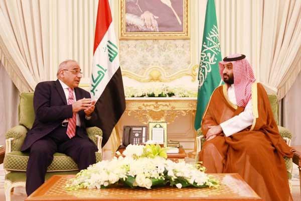عبد المهدي مجتمعًا في الرياض مع الأمير محمد بن سلمان