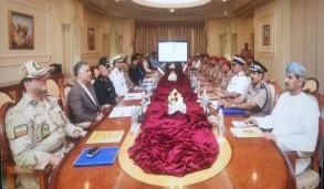 جانب من اجتماع اللجنة العسكرية الايرانية العمانية
