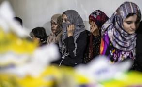نساء من داعش في قبضة أكراد سوريا