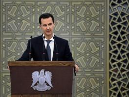 الرئيس السوري خلال اجتماع لحزب البعث