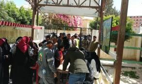 اقبال من المصريين على مراكز الاستفتاء