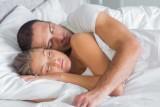 العلاقة الحميمة أقصر الطرق لنوم عميق