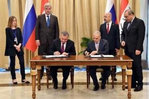 وزير الخارجية العراقي ونائب رئيس الوزراء الروسي يوقعان اتفاقات تعاون بين بلديهما
