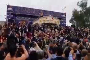 طلبة جامعة ديالى العراقية يهتفون لصدام