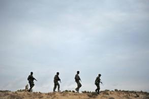 عناصر من قوات الأمن الصومالية في دورية في بونتلاند بتاريخ 18 ديسمبر 2016