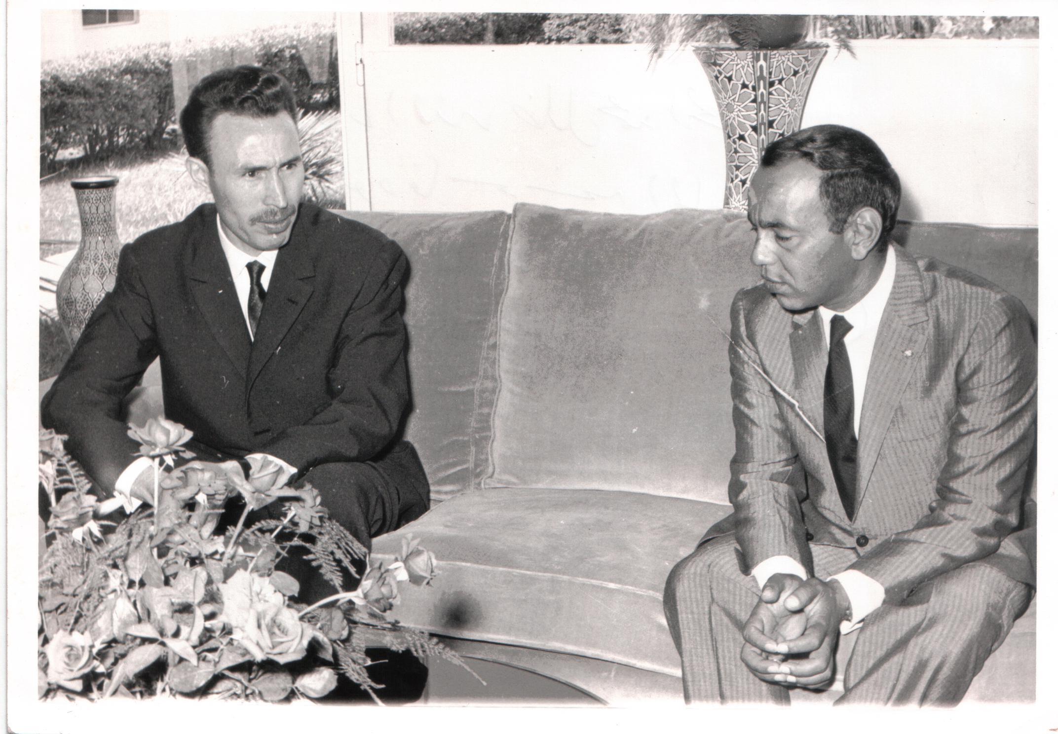 الملك الراحل الحسن الثاني والرئيس الجزائري الراحل هواري بومدين