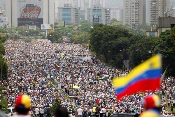 إحدى تظاهرات المعارضة في فنزويلا