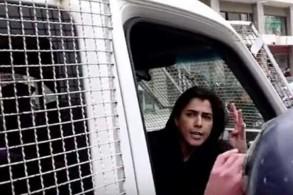 هند الفايز قيد الاعتقال في سيارة الأمن يوم الخميس