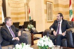 رئبس الحكومة اللبناني سعد الحريري مجتمعًا بديفيد ساترفيلد