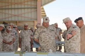 رئيس الأركان الأردني يستمع للإيجاز العسكري