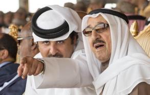 أميرا الكويت وقطر خلال لقاء سابق