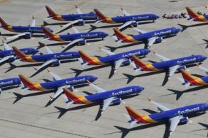 أسطول بوينغ 737 ماكس منع من التحليق بعد كارثتي الخطوط الإثيوبية وطائرة لايون إير الإندونيسية