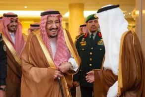 الملك سلمان يصل إلى مكة قادما من جدة