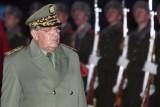 رجل الجزائر القوي يدعو الشعب إلى التعاون مع الجيش