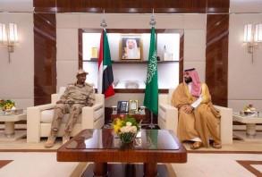 من لقاء الأمير محمد بن سلمان والفريق أول